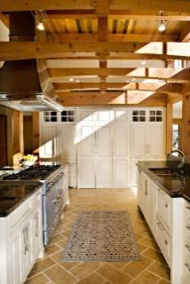 大气的别墅装修 木质吊顶