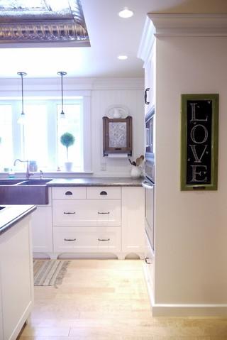 美式风格三层连体别墅实用卧室2013家装电视背景墙设计