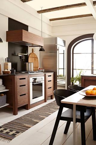 现代北欧风格单身公寓厨房阳台实用过道玄关效果图