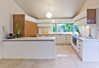现代美式风格三层独栋别墅时尚简约3平方厨房设计