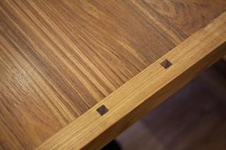 现代北欧风格复式实用卧室红木家具餐桌图片