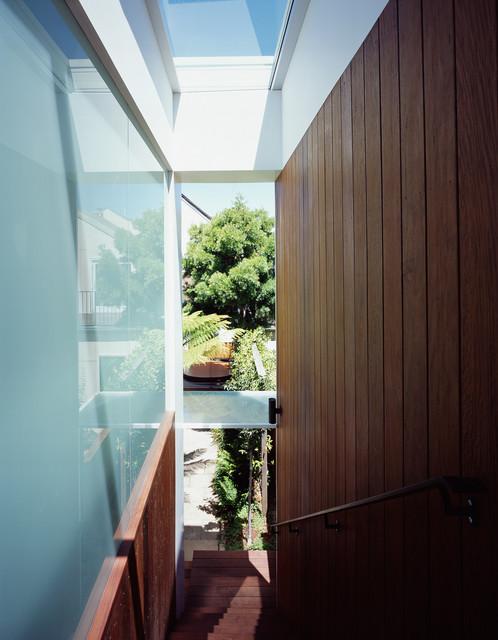 现代简约风格餐厅三层别墅及时尚衣柜过道吊顶设计