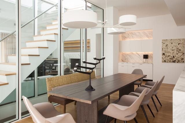 现代简约风格餐厅半复式楼阳台实用厨房餐厅客厅一体设计图图片