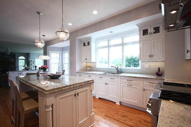 现代简约风格单身公寓厨房简单实用设计图