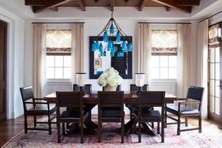 现代简约风格客厅2013年别墅舒适圆形餐桌图片