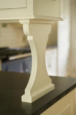 现代简约风格餐厅2层别墅客厅简洁厨房吧台装修效果图