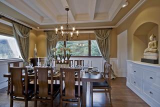 现代简约风格卧室一层半别墅温馨红木餐桌效果图