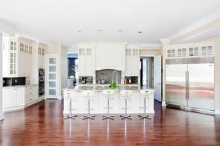 现代简约风格2013年别墅奢华家具圆形餐桌图片