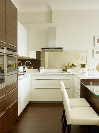 欧式风格家具老年公寓浪漫卧室家庭餐桌图片