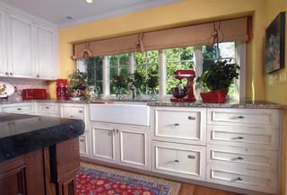 现代简约风格卫生间2013别墅及实用客厅阳台窗户效果图