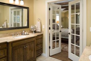 现代简约风格餐厅三层小别墅简洁品牌浴室柜图片