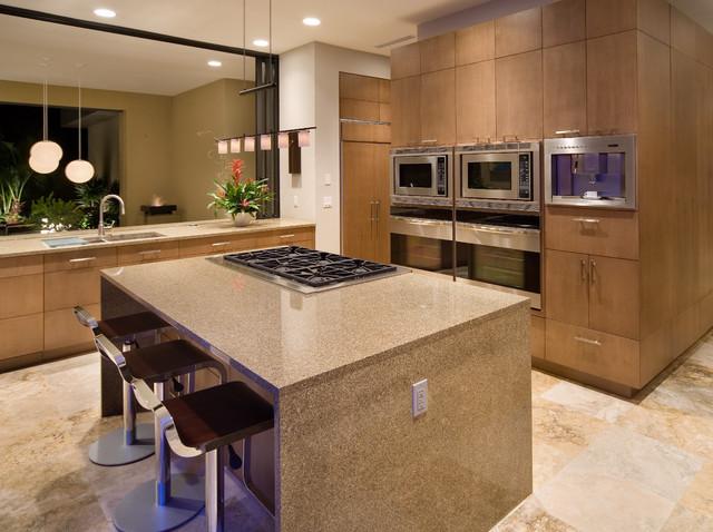 现代简约风格餐厅300平别墅稳重橱柜设计图