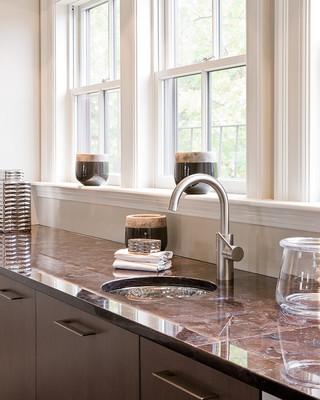 现代简约风格卫生间2013二居室现代简洁橱柜图片