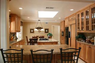 美式风格卧室二居室舒适厨房吧台装修效果图