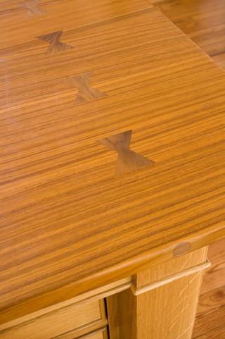 现代简约风格客厅三层双拼别墅舒适快餐桌图片