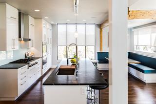 现代简约风格餐厅3层别墅客厅简洁小户型开放式厨房效果图