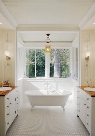 欧式风格三层双拼别墅唯美独立式浴缸效果图