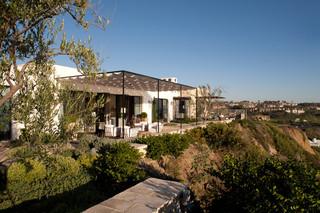 欧式风格一层别墅浪漫卧室阳台窗户效果图