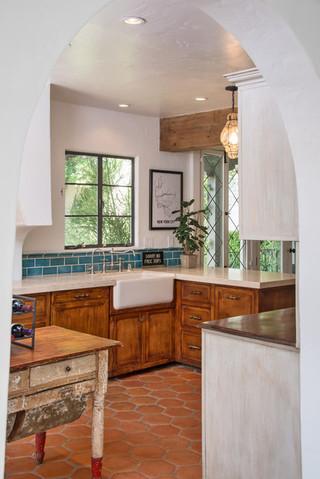 现代简约风格卧室精装公寓温馨装饰实木浴室柜效果图