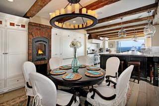 现代简约风格三层双拼别墅简单温馨红木家具餐桌效果图
