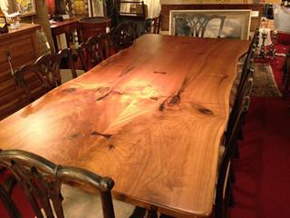 田园风格餐厅三层小别墅另类卧室实木餐桌图片