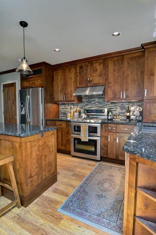 现代欧式风格实用3平方厨房橱柜效果图