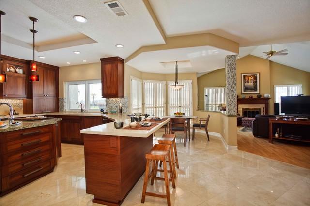 房间欧式风格4平方厨房快餐桌效果图
