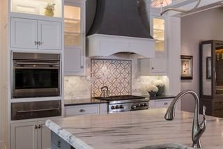 欧式风格客厅一层别墅欧式奢华橱柜效果图