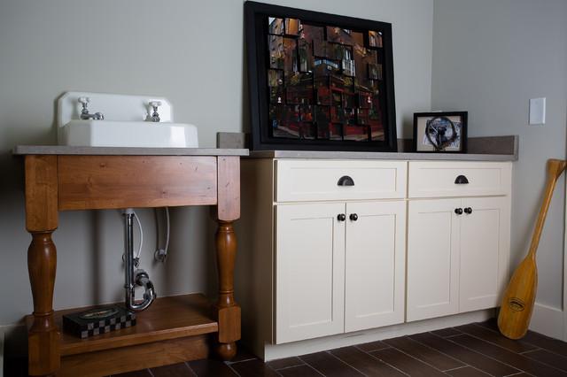 欧式风格一层别墅及现代奢华玄关柜效果图