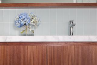 现代欧式风格浪漫卧室厨房与餐厅隔断一体式台盆图片