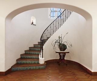 欧式风格2013别墅及大方简洁客厅室内旋转楼梯效果图