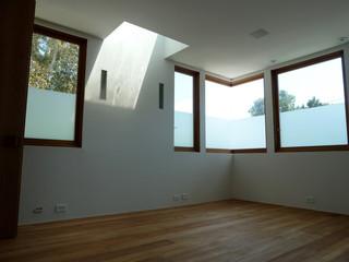 美式风格卧室3层别墅客厅简洁阳台窗户效果图
