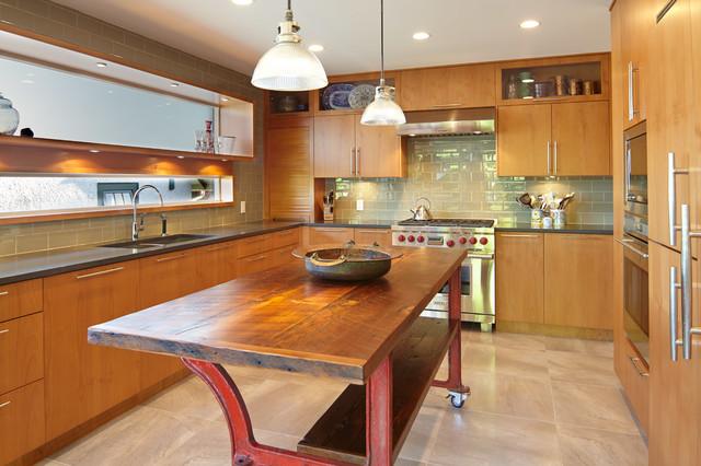 现代美式风格200平米别墅时尚衣柜开放式厨房客厅装修