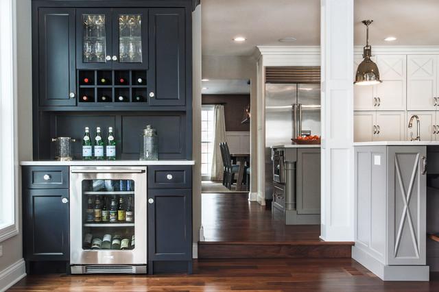 欧式风格一层别墅客厅简洁欧式酒柜效果图