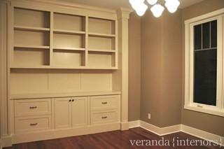 美式风格三层别墅现代简洁卧室衣柜内部定做