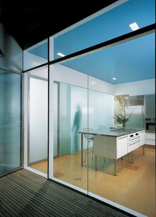 现代简约风格卫生间小型公寓时尚客厅设计图