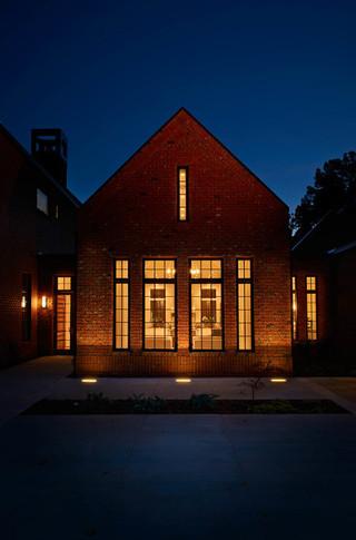 美式风格客厅三层别墅及现代奢华室内窗户效果图