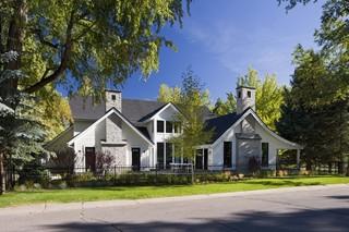 现代简约风格三层独栋别墅家装图