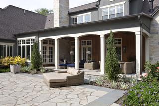 美式乡村风格一层别墅及豪华客厅室内入户花园设计图纸