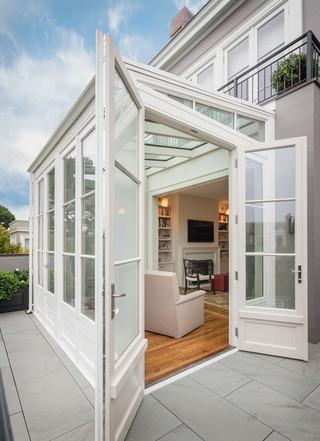 欧式风格家具200平米别墅现代简洁阳台门套装潢