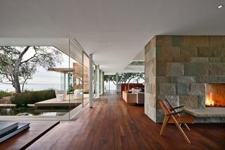 美式风格三层平顶别墅豪华厨房客厅过道效果图