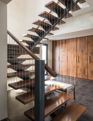 美式风格200平米别墅温馨客厅别墅楼梯装修效果图
