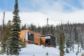 美式风格客厅三层双拼别墅简单温馨阳台窗户效果图
