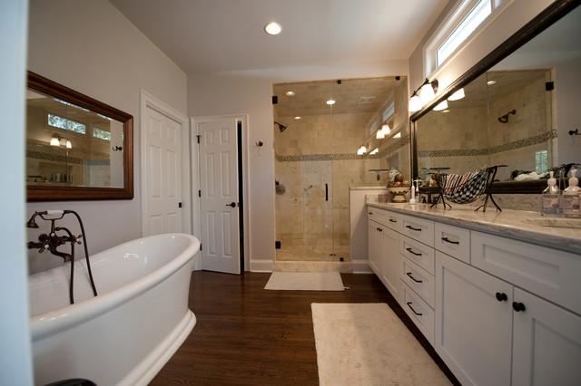 欧式风格家具一层别墅及小清新品牌浴室柜图片