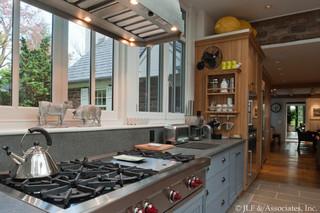 美式风格客厅三层双拼别墅温馨小家电图片