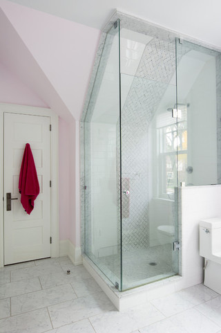 现代欧式风格三层别墅及唯美白色门装修效果图