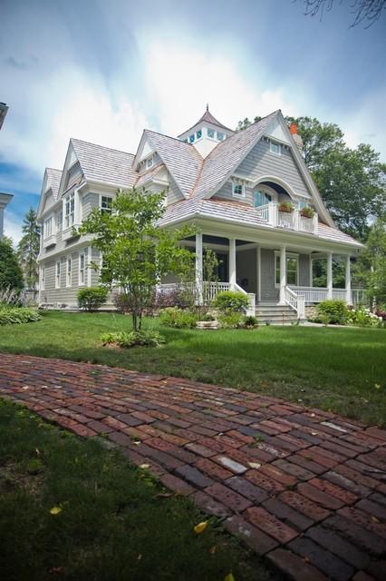 美式风格客厅三层别墅及欧式豪华私家花园设计图
