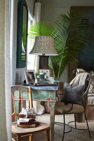 欧式风格卧室三层别墅及大方简洁客厅宜家椅子图片