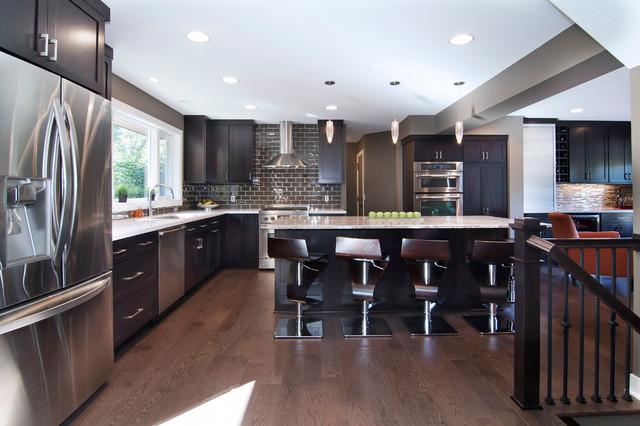 现代简约风格2层别墅简约时尚开放式厨房吧台装潢