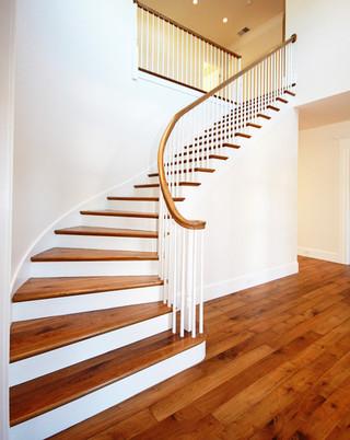 美式风格客厅3层别墅大气别墅楼梯设计图装修效果图